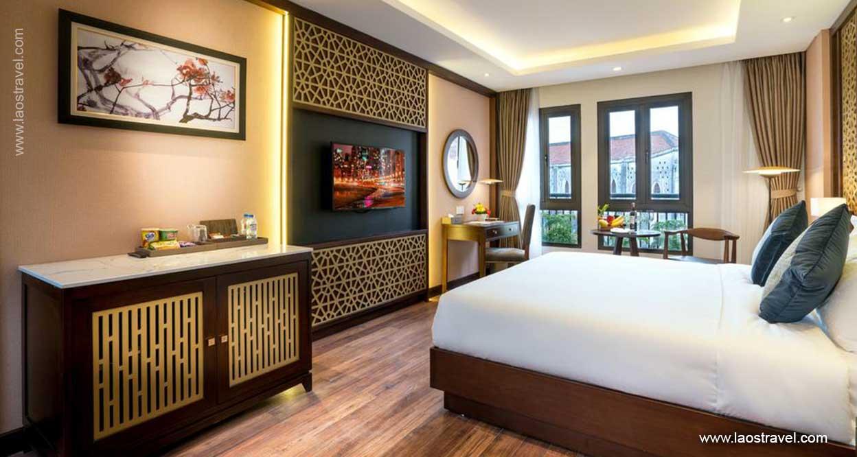 Conifer-Grand-Hotel-4