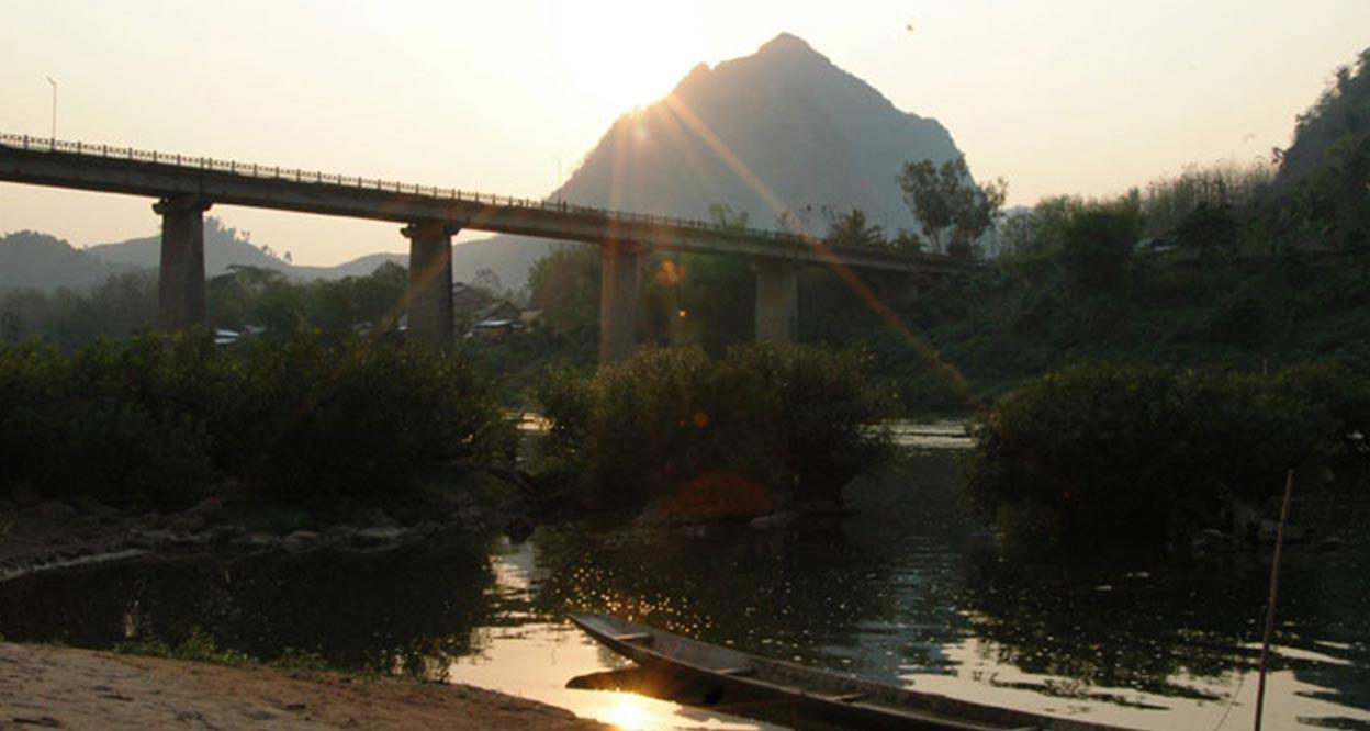 Nong-Kiau-Riverside-Hotel-03