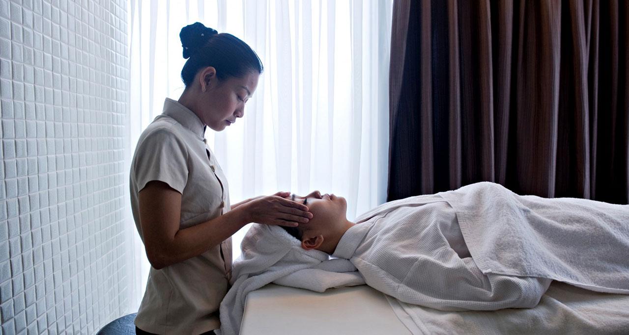 Novotel-Saigon-Centre-Hotel-2