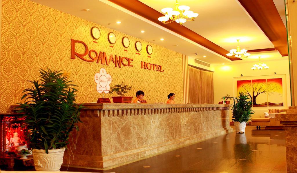 Romance-Hotel-Hue-5