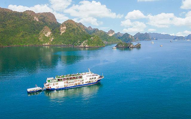 Highlights of Vietnam & North Laos