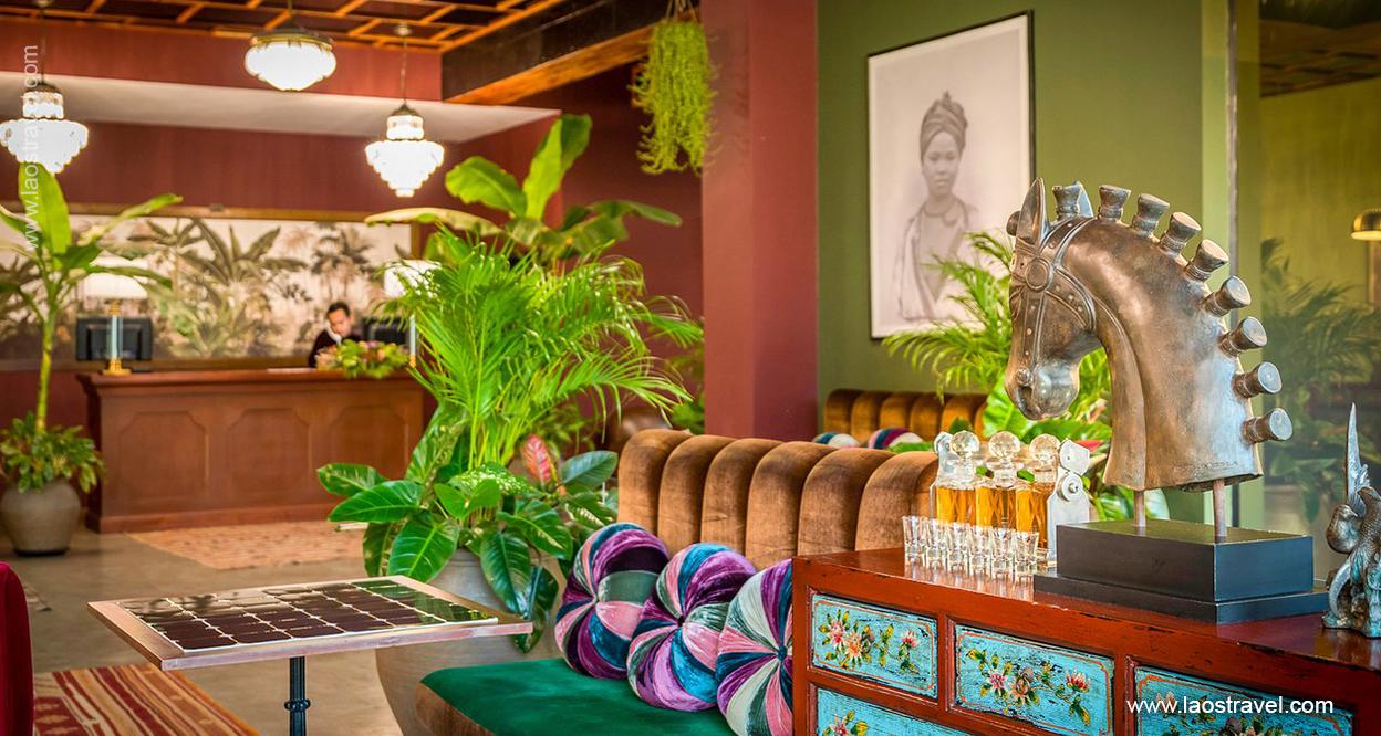 Laos-Vientiane-Poet-Hotel-Vientiane-2