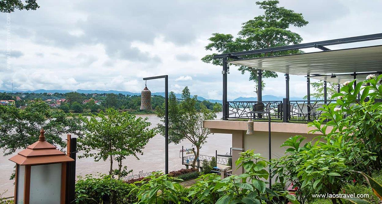 Chiangkhong Teak Garden Riverfront Hotel1