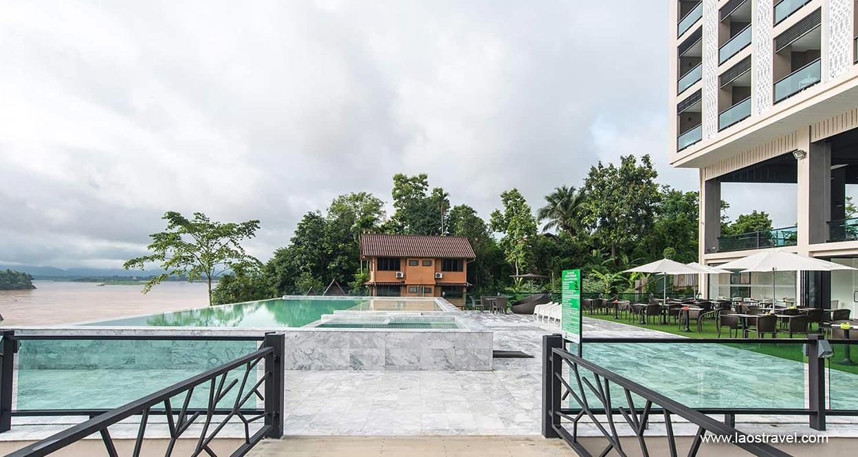 Chiangkhong Teak Garden Riverfront Hotel2