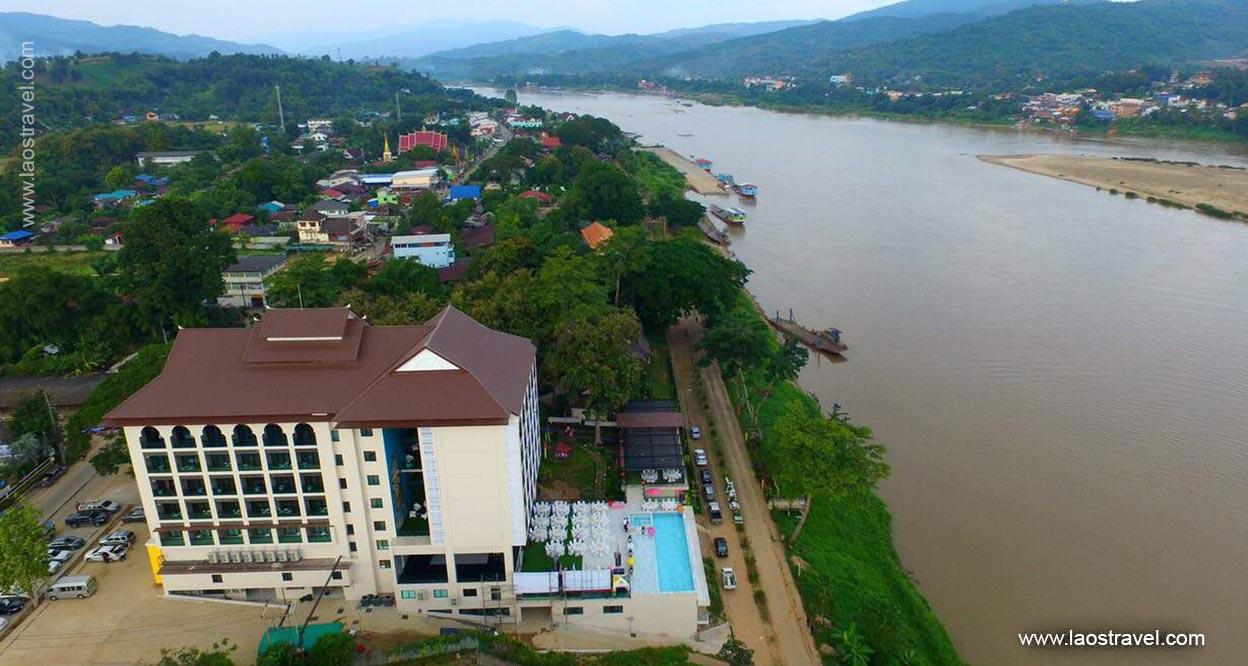 Chiangkhong Teak Garden Riverfront Hotel5