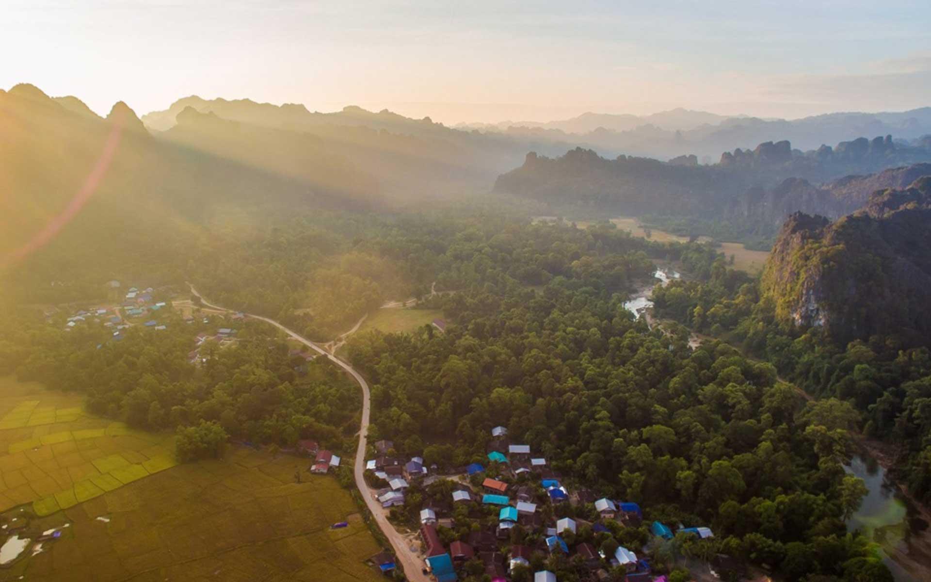 LAOS Laotravel 14 Laos Travel
