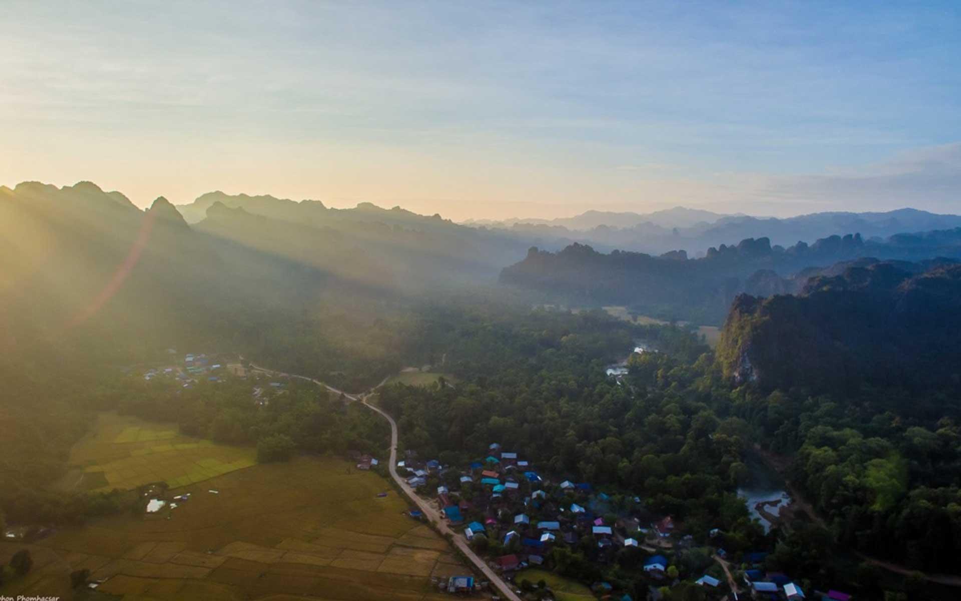 LAOS Laotravel 3 Laos Travel
