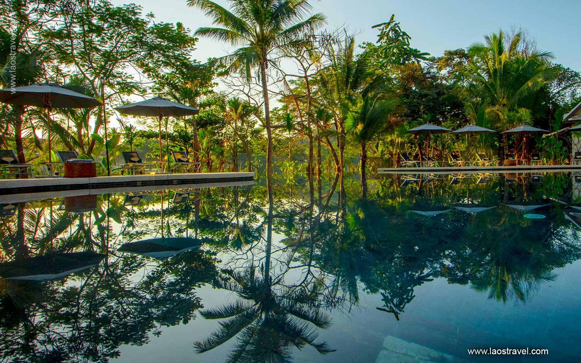 Pool Le Bel Air Resort