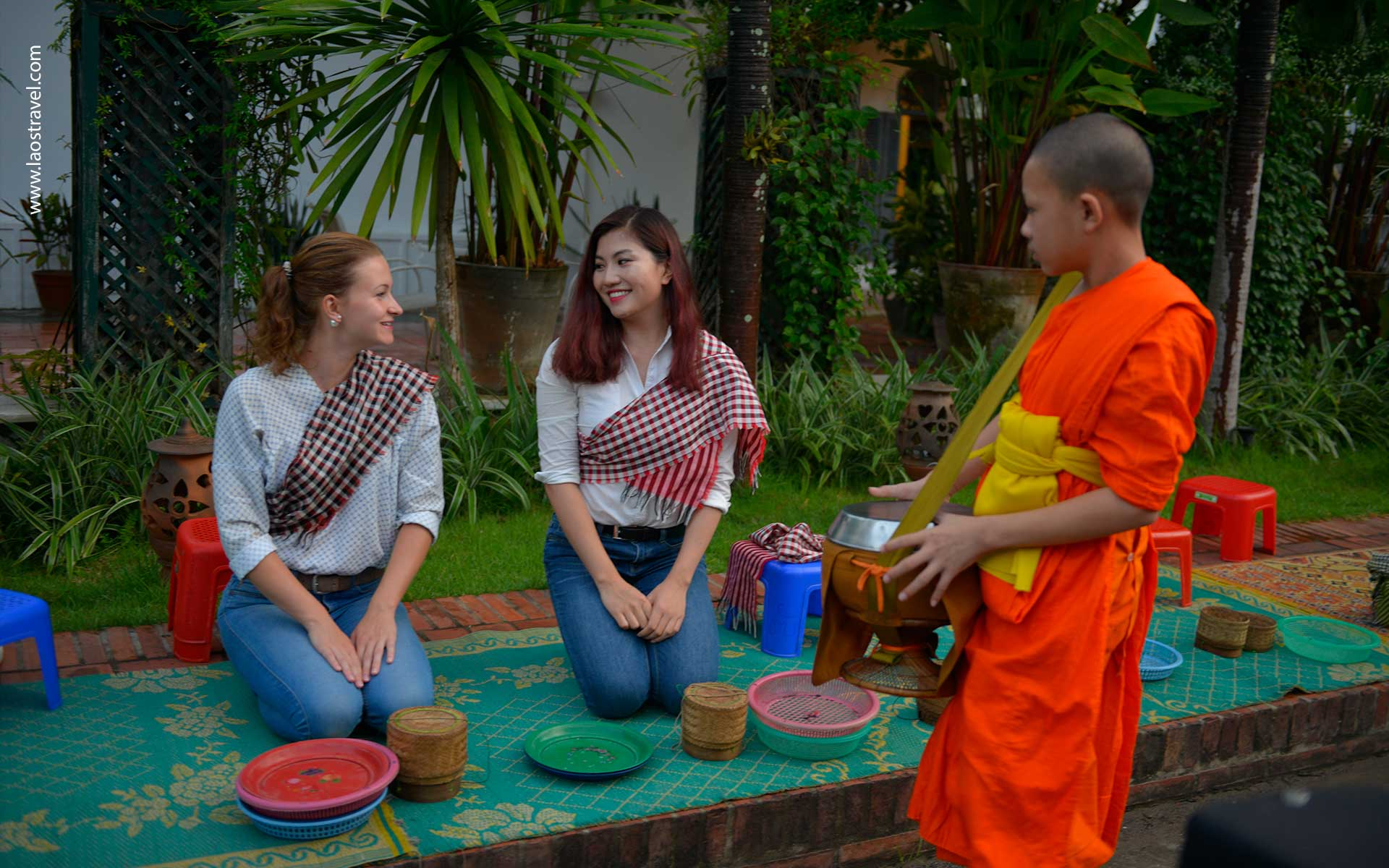 Top5 laos tour12 Laos Travel
