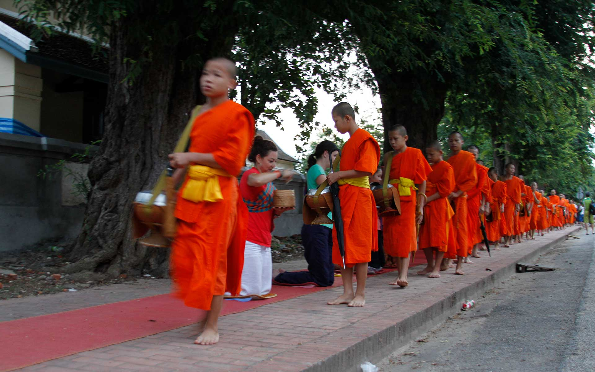 Alms giving ceremony