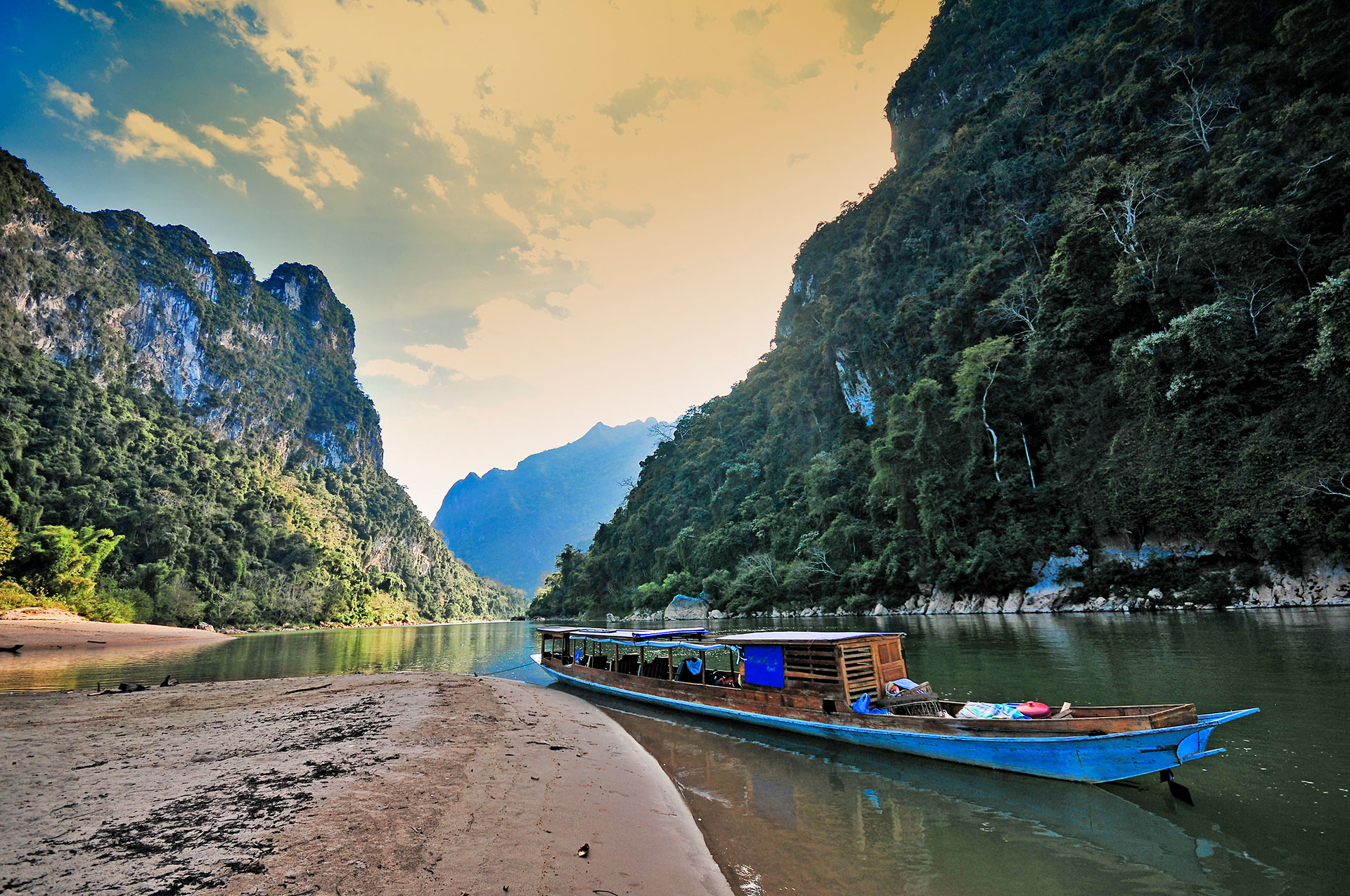 Muang La Lodge Nam Ou river Laos Travel