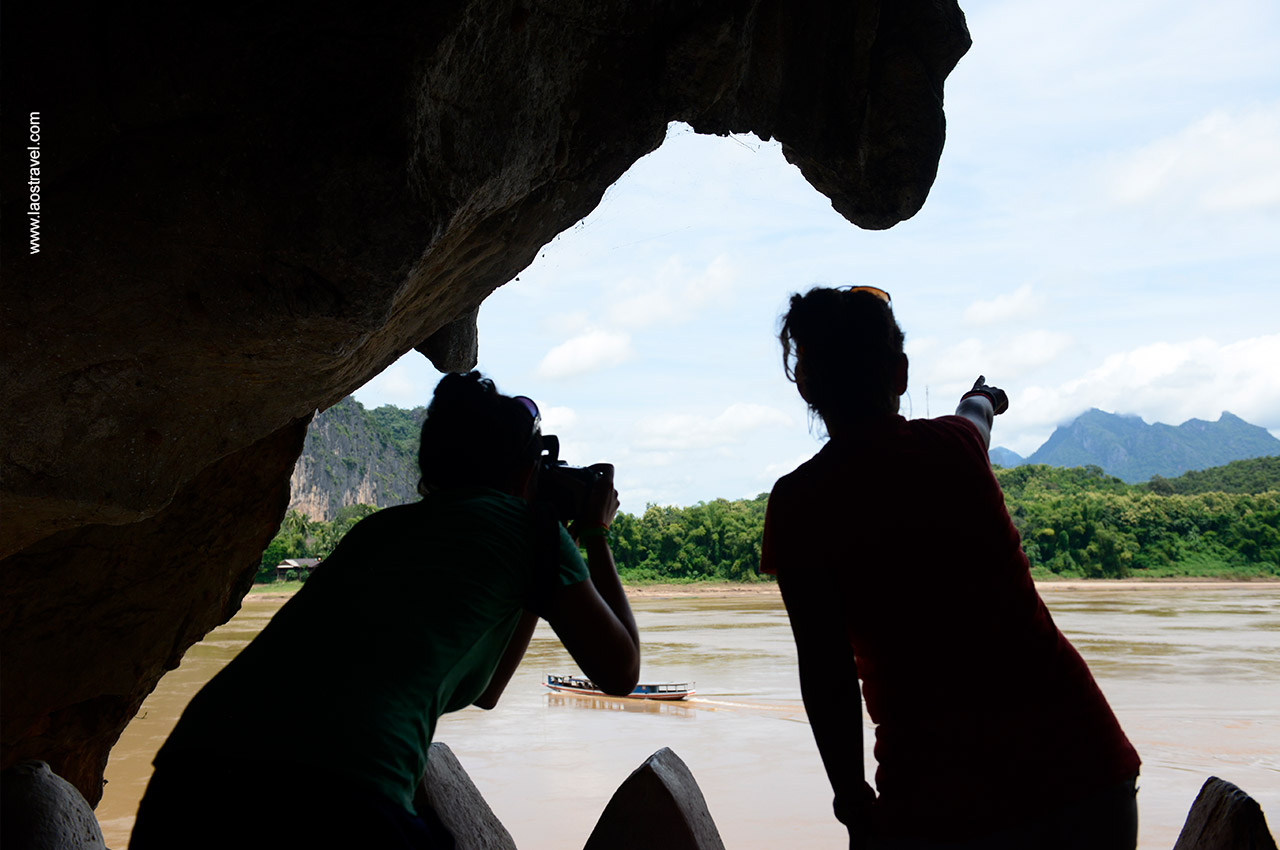 A great trip to Pak Ou Caves along Mekong River.