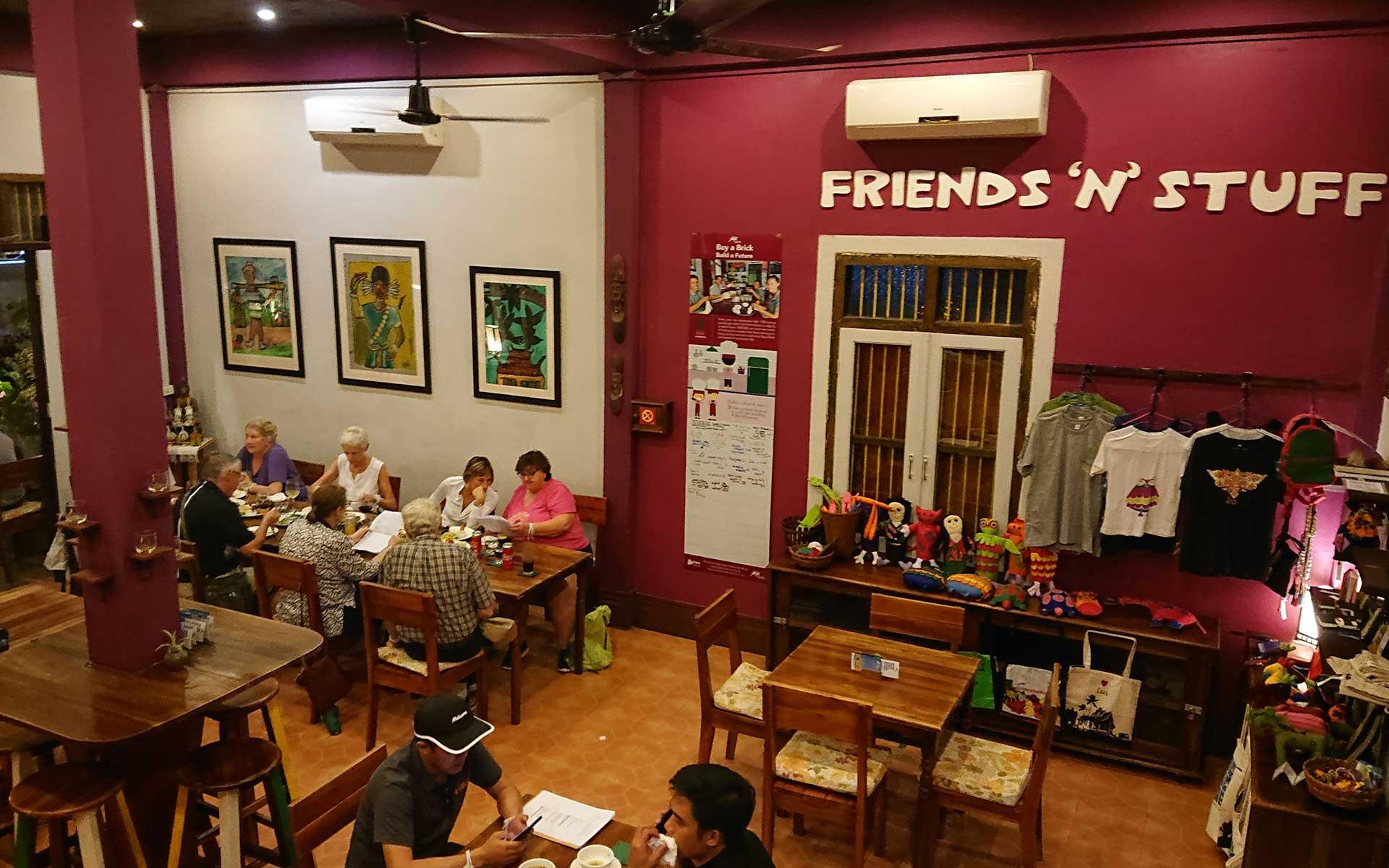 Khaiphaen Restaurant luang prabang Laos Travel
