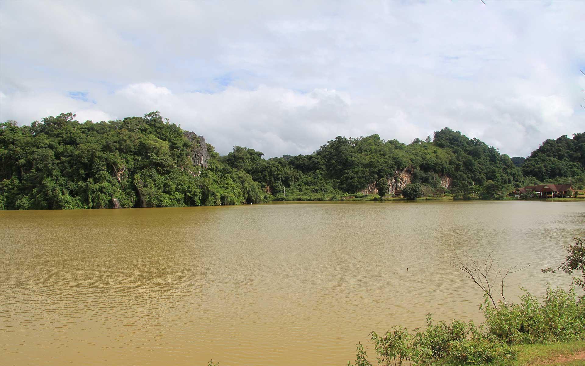 Nong Tang Lake laos