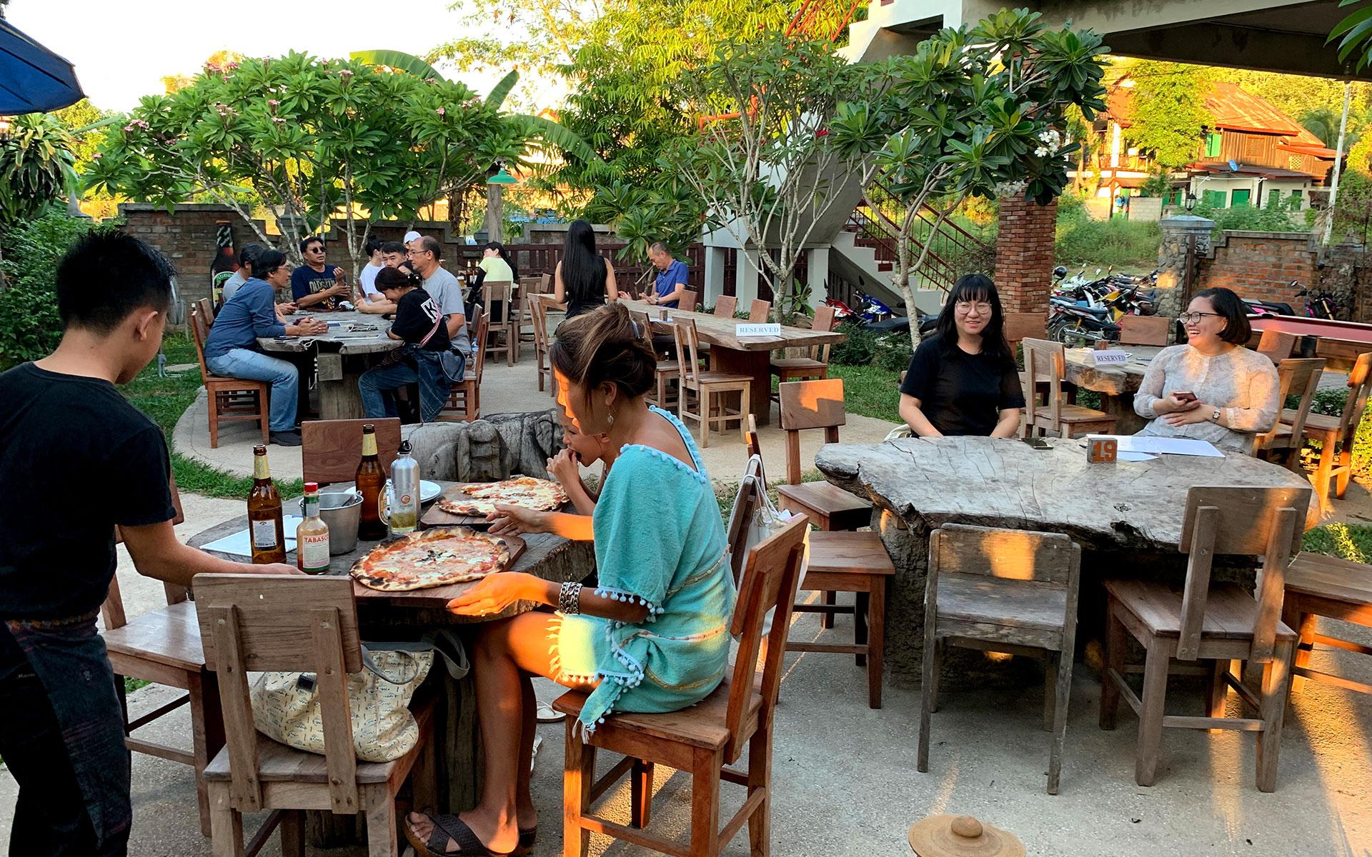 Secret Pizza luang prabang laos