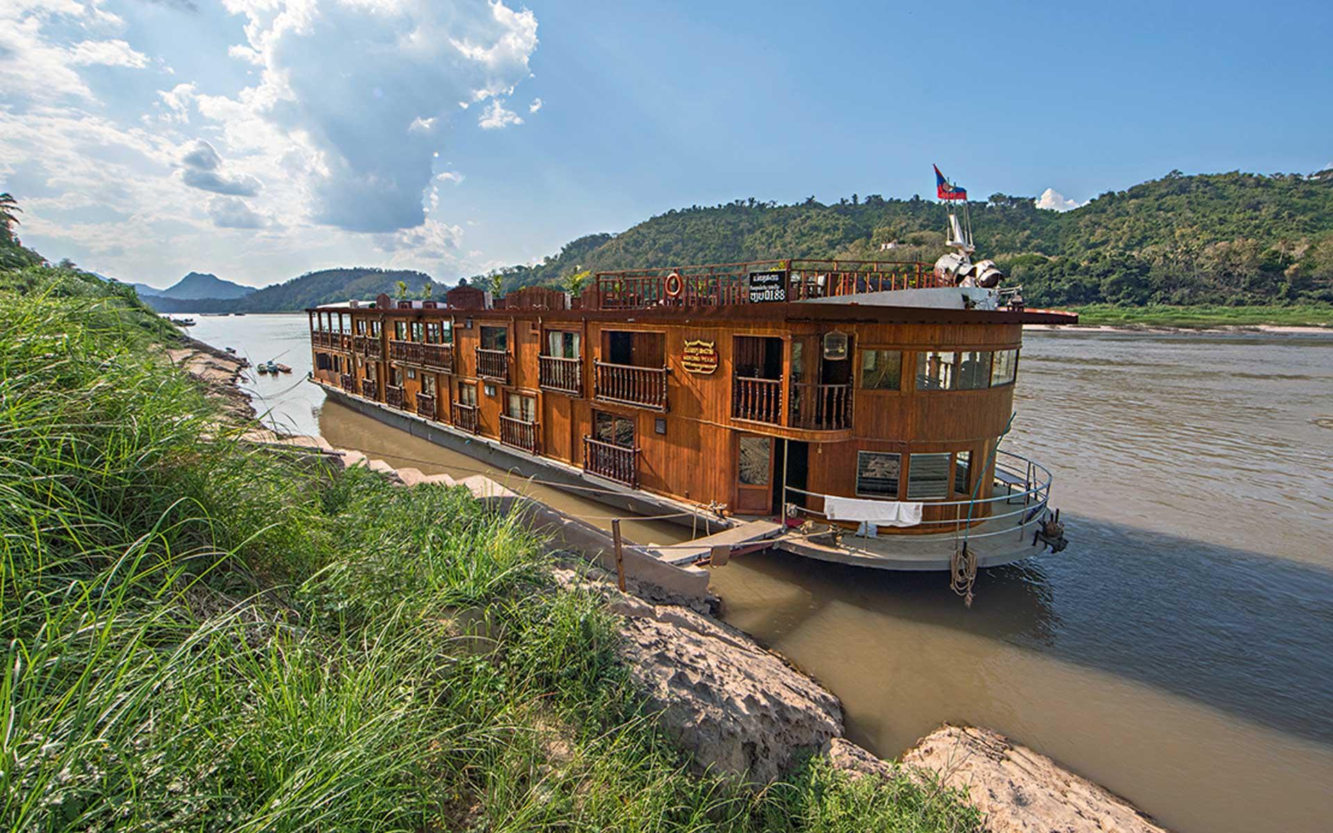 vientiane to luang prabang by cruise