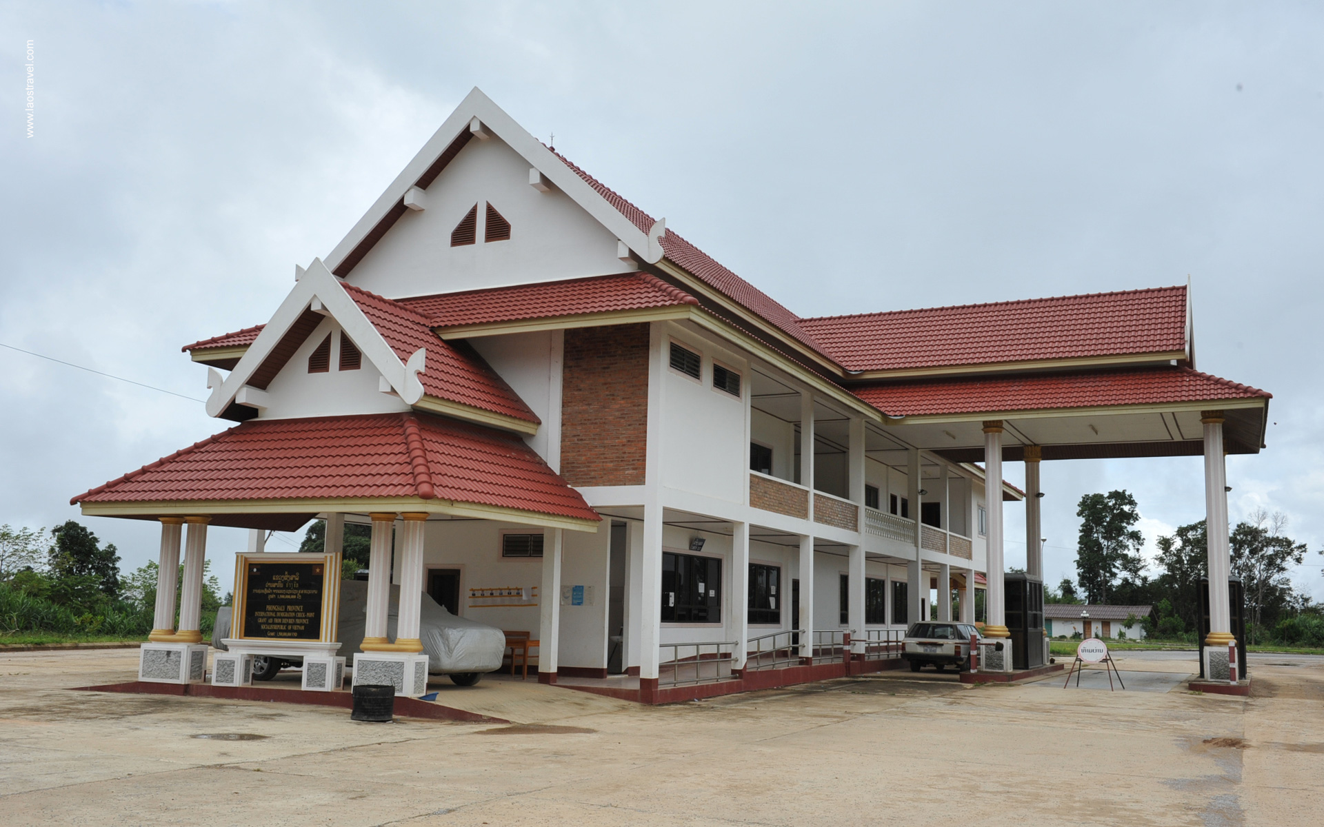 Vietnam Laos Checkpoints