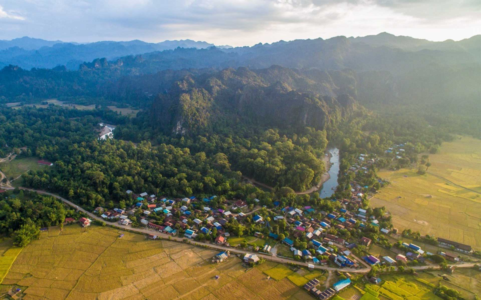 laos trips: Topography in Laos