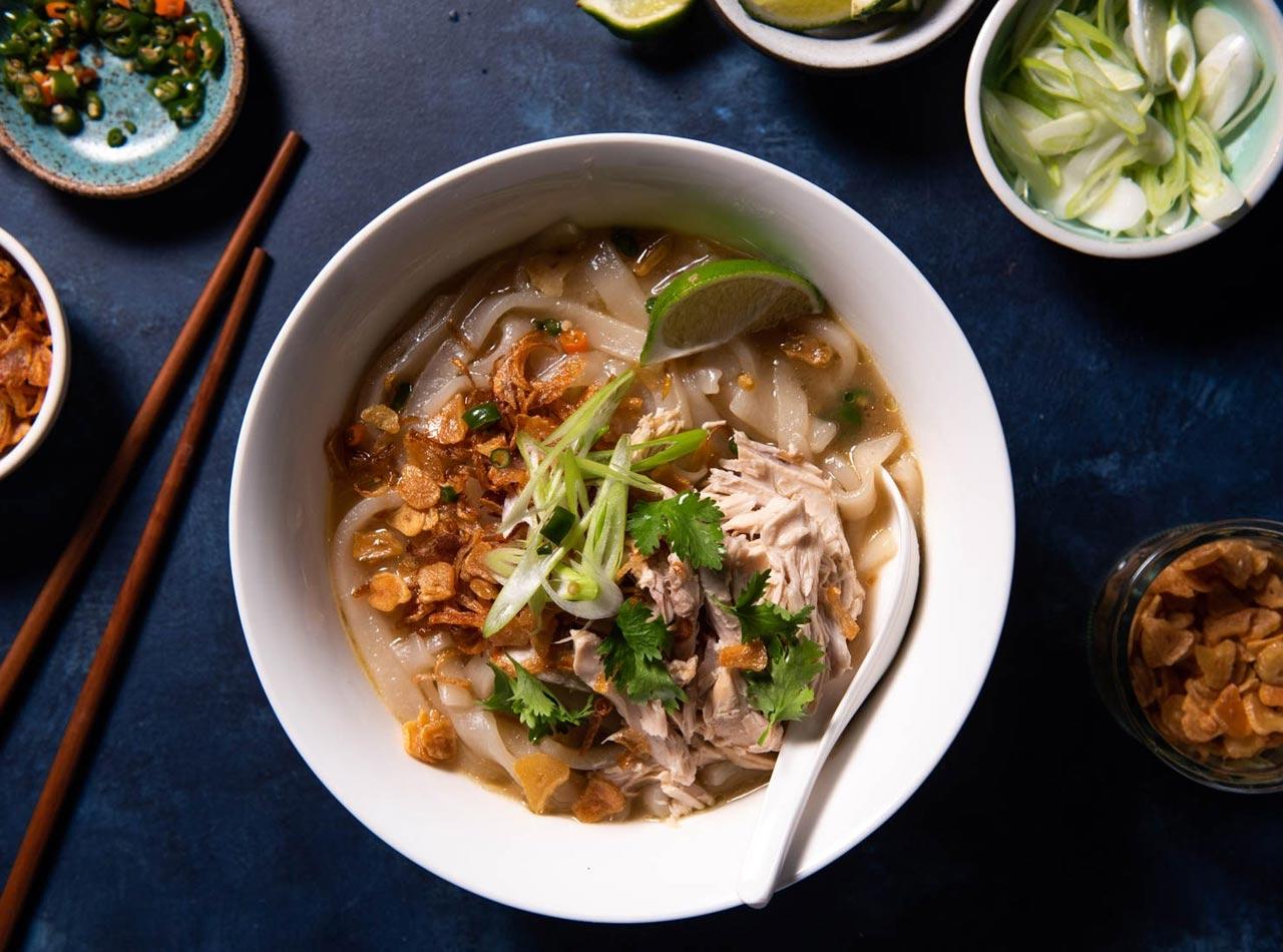 Khao Piak Sen Lao Chicken Noodle Soup