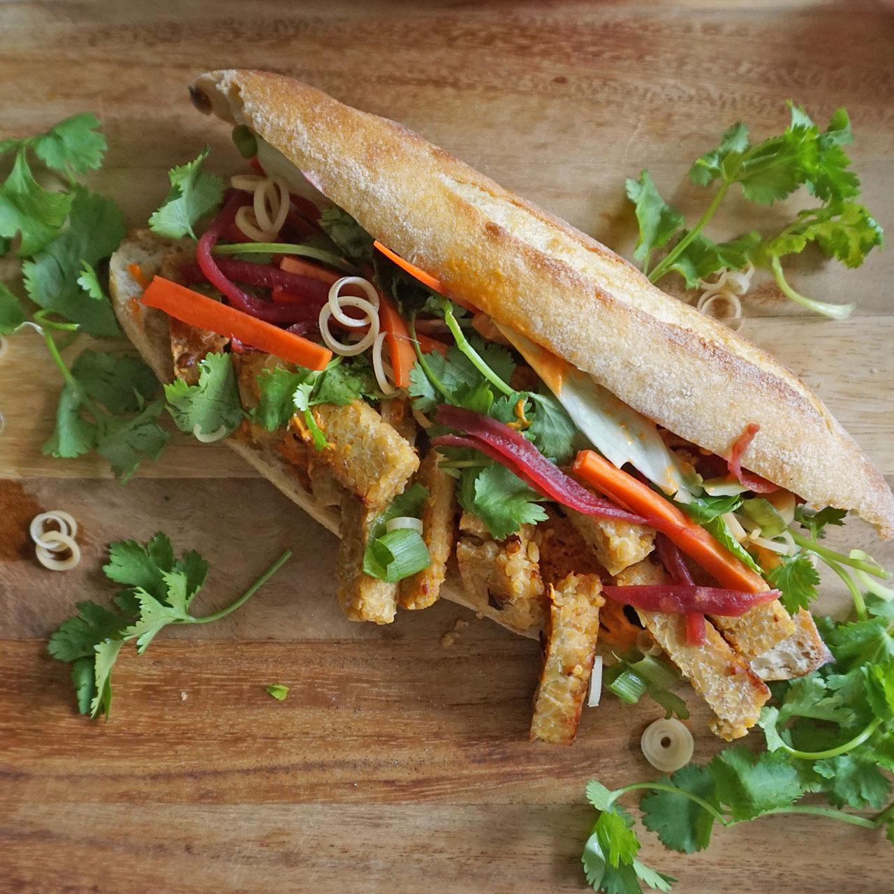 Laos Khao Jee Sandwich